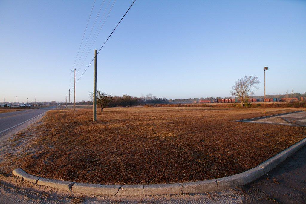Perimeter Road Location Photo